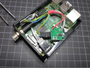 Raspberry Pi mit eingebautem Funkmodul und SMA Buchse